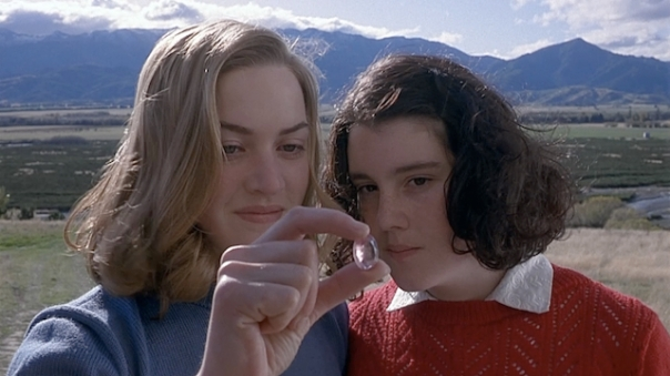 Kate-Winslet-and-Melanie-Lynskey-in-Heavenly-Creatures (1)